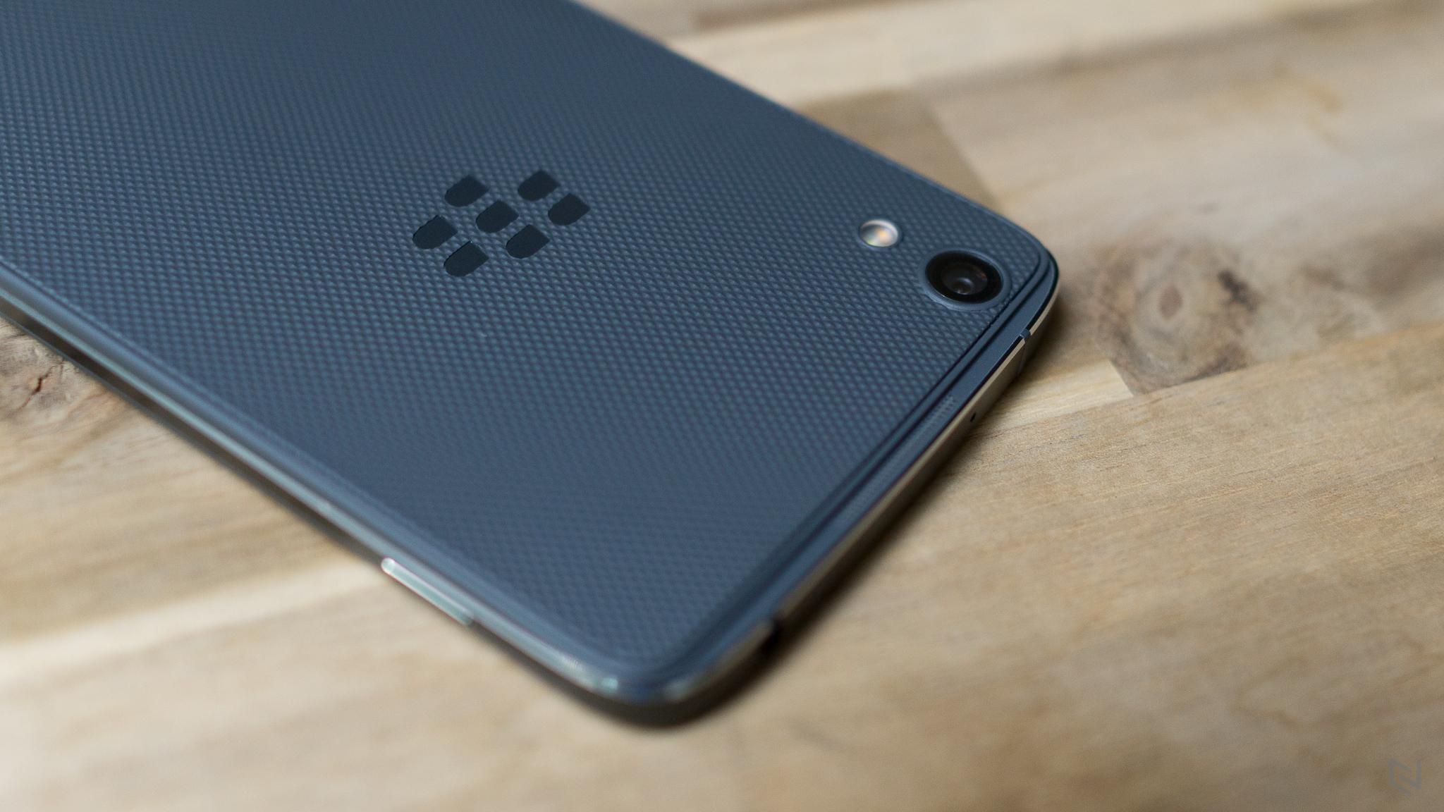 Trên tay & cảm nhận nhanh Blackberry Dtek 50 tại Việt Nam
