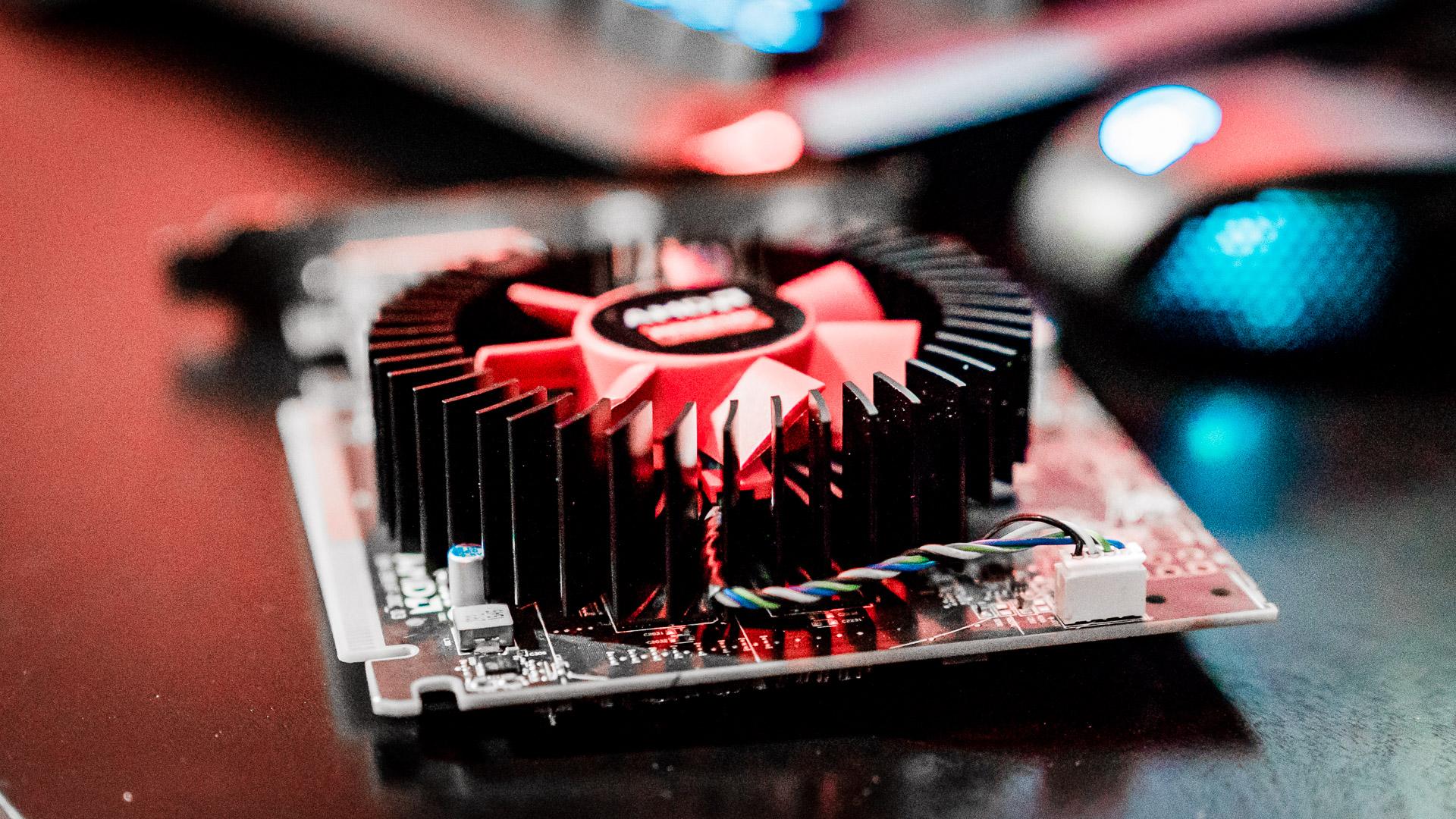 Radeon RX 460: Công nghệ Đột phá dành cho mọi Game thủ eSports trên khắp thế giới