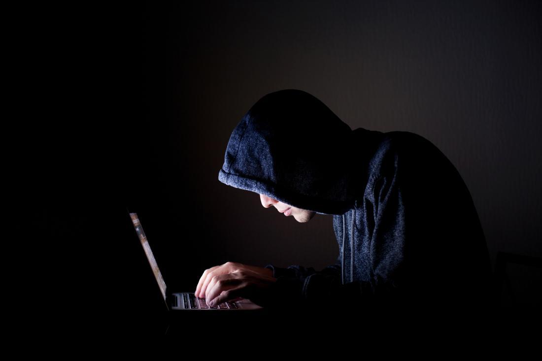 Hack thông tin trường để giành suất đại học của bạn