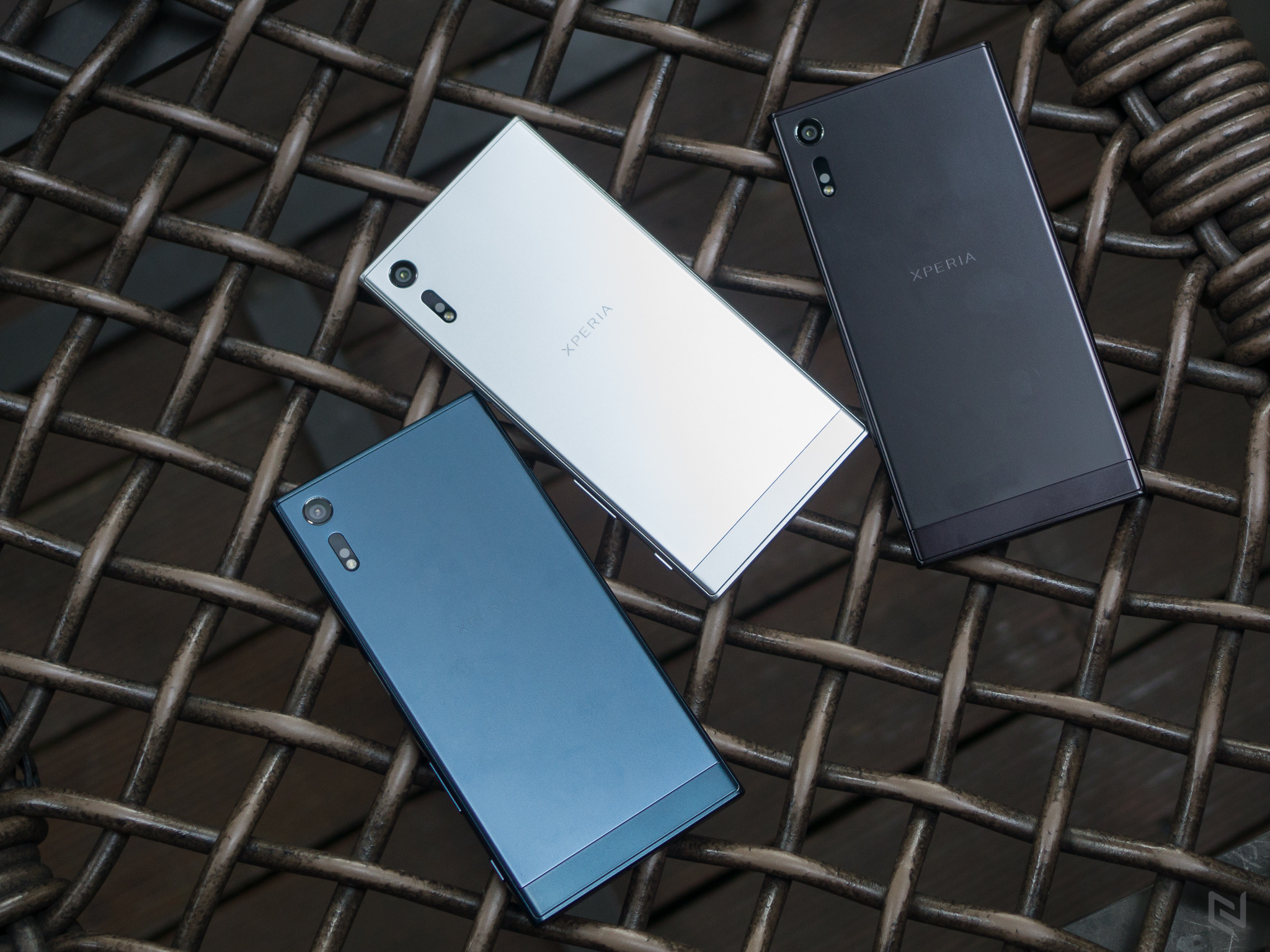 Trên tay 3 màu Sony Xperia XZ tại Việt Nam