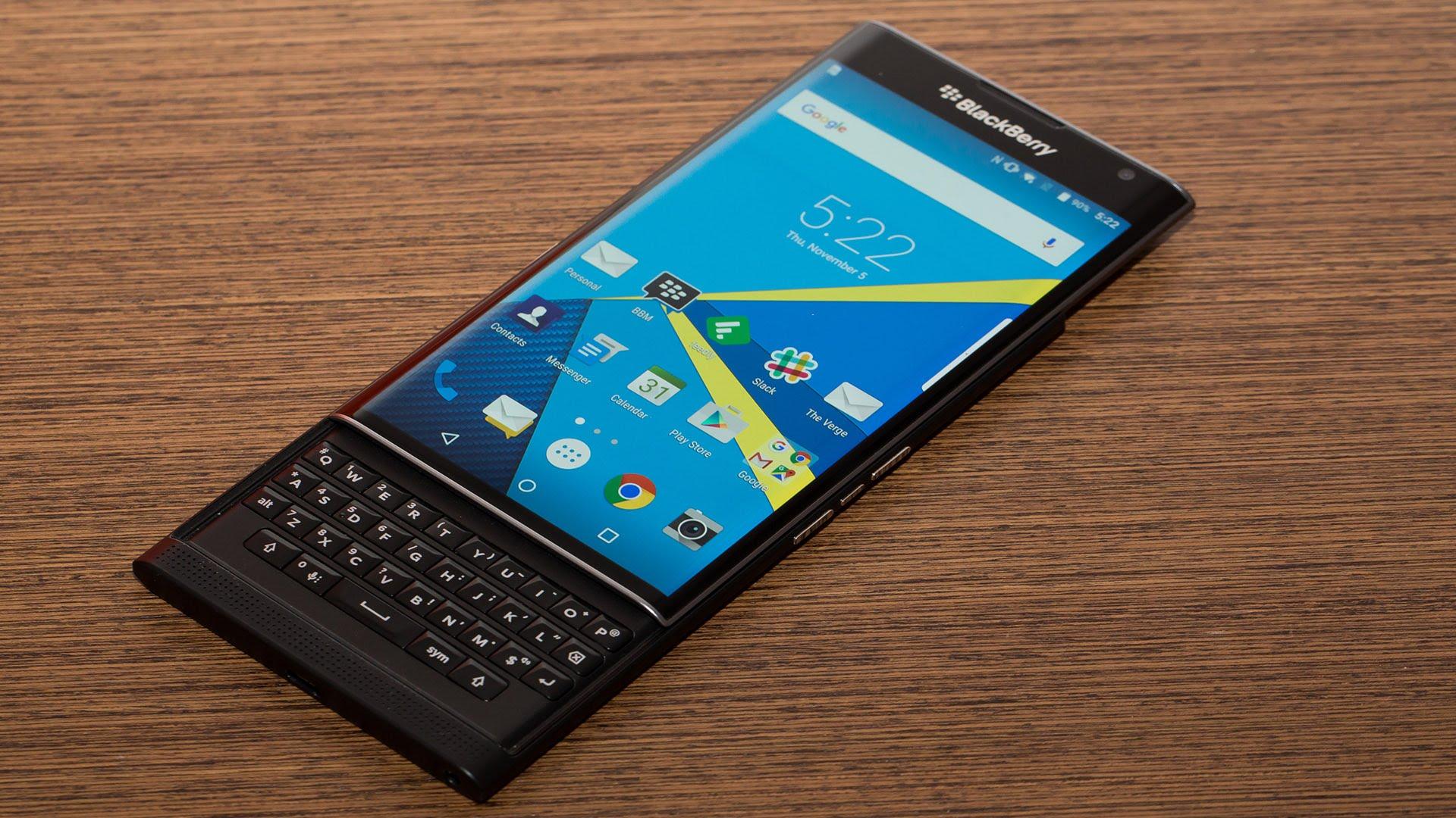 Blackberry Priv chính hãng bất ngờ giảm tới 5 triệu đồng chỉ trong chưa đầy 1 năm