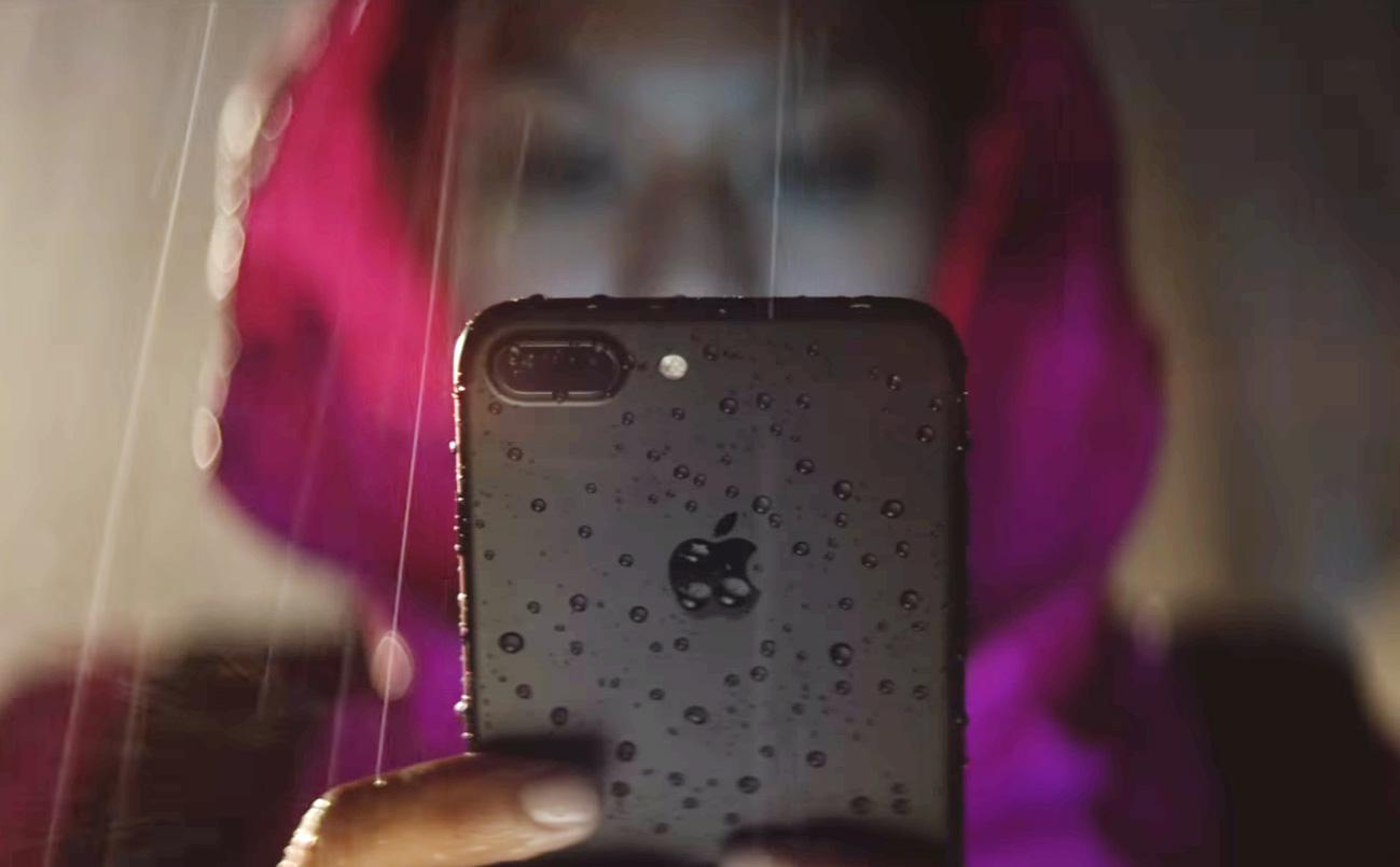 Apple không chấp nhận bảo hành iPhone 7 nếu bị hỏng vì nước