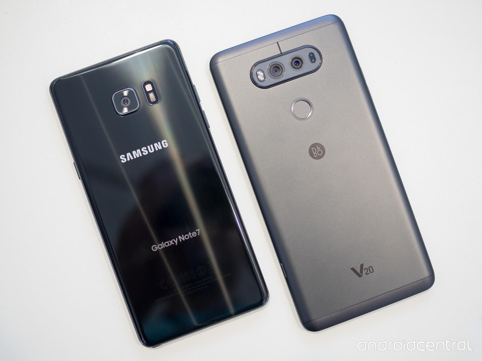 Samsung có thể sử dụng pin của LG trên Galaxy S8
