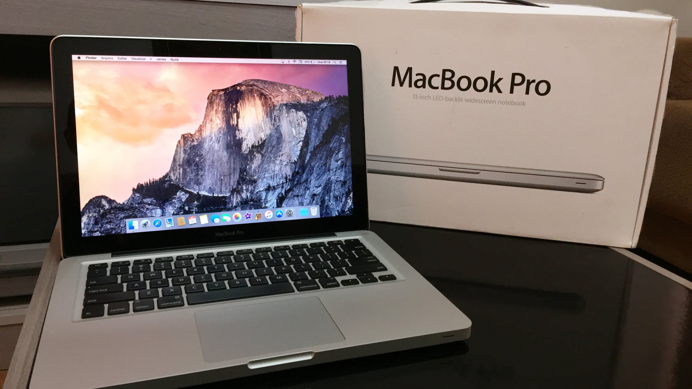 """Apple dừng bán MacBook Air 11"""" và MacBook Pro trang bị ổ đĩa quang"""