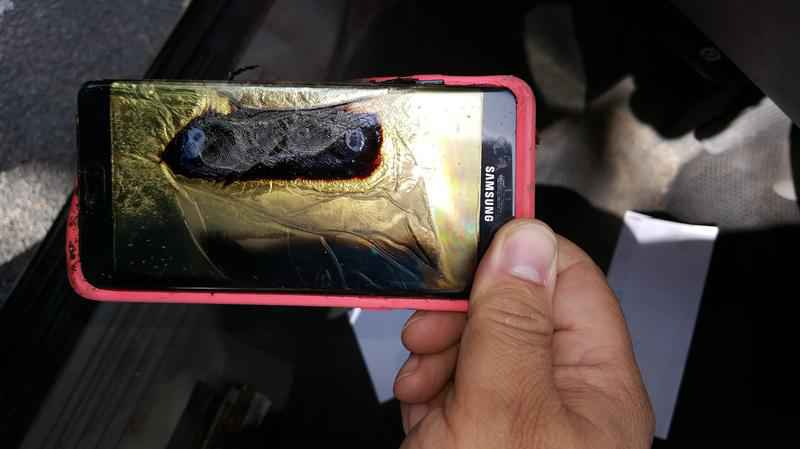 Thêm một số trường hợp Galaxy Note7 đổi mới phát nổ