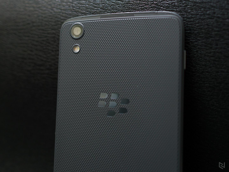 BlackBerry DTEK50 chính hãng giảm giá 1 triệu đồng