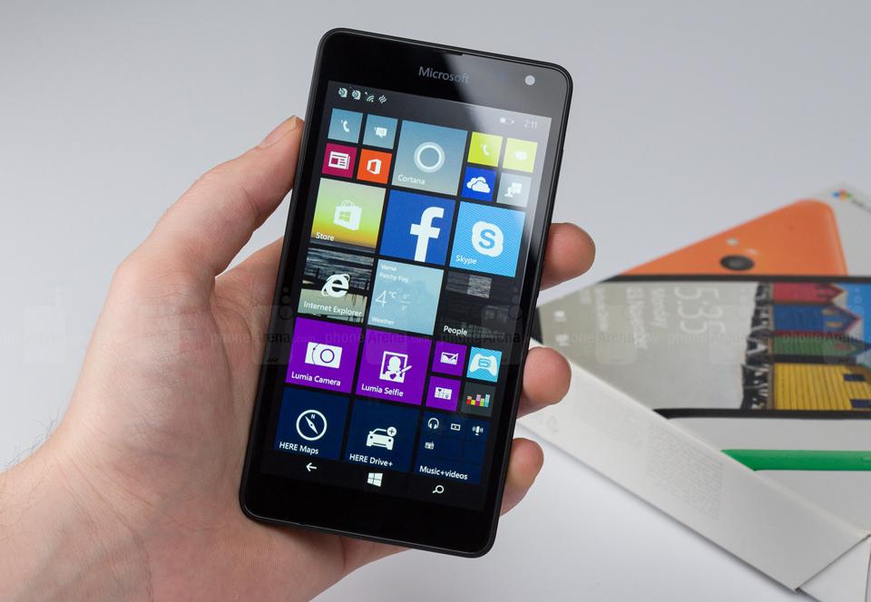 Lumia 535 giảm mạnh, chỉ còn 1,19 triệu đồng tại FPT Shop