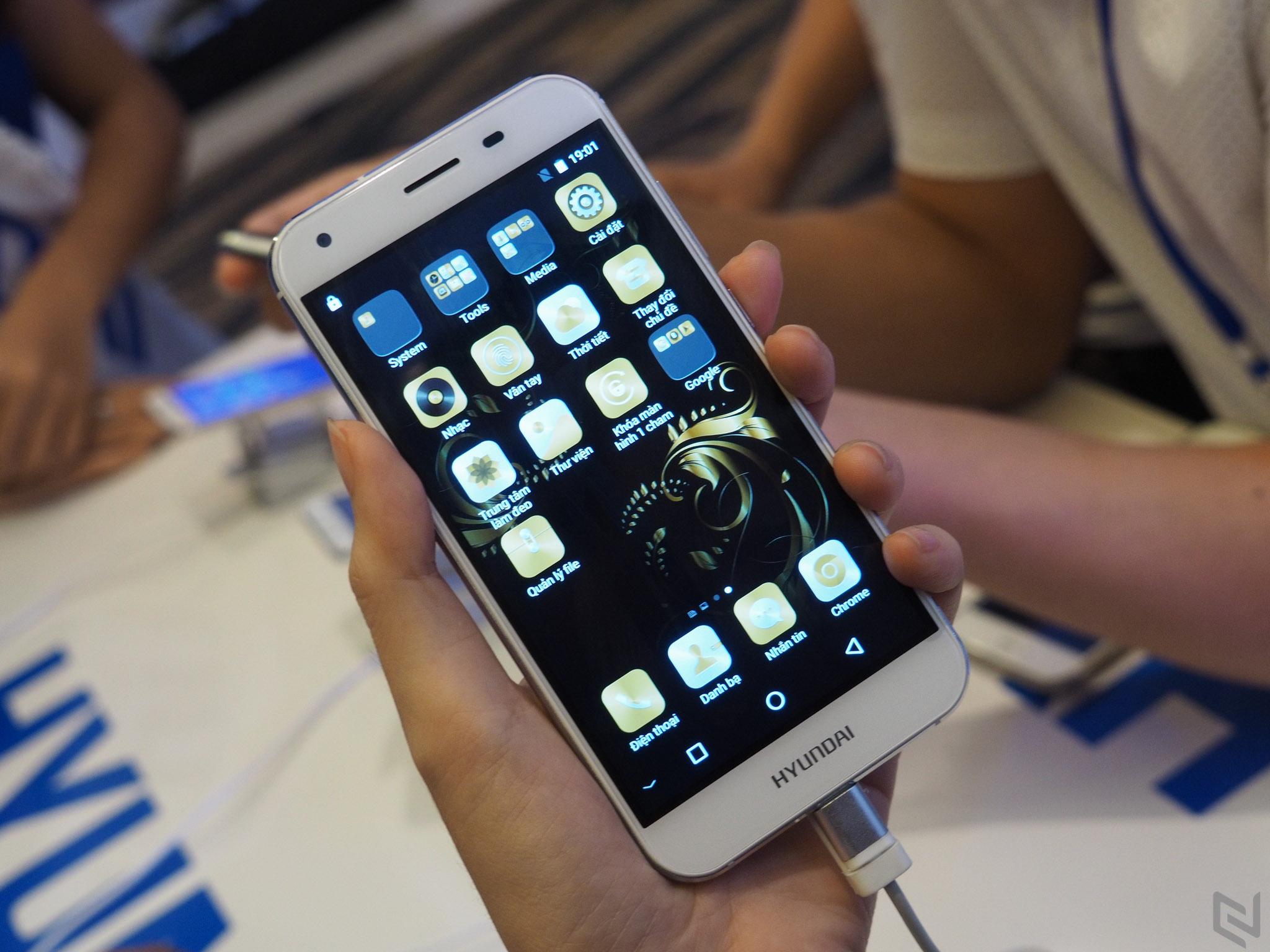 Huyndai ra mắt hai smartphone phân khúc giá rẻ: Seoul 5 và Seoul S6