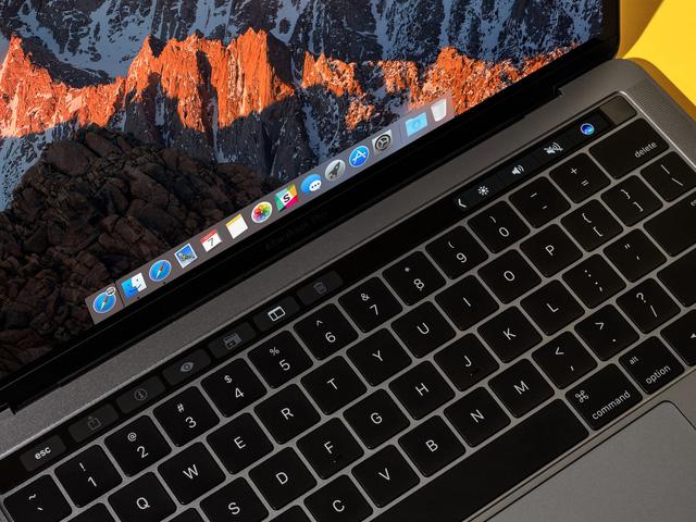 MacBook Pro cập nhật phần mềm, Consumer Reports thay đổi quan điểm