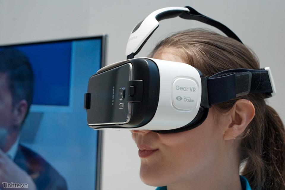 Những câu hỏi xoay quanh kính thực tế ảo