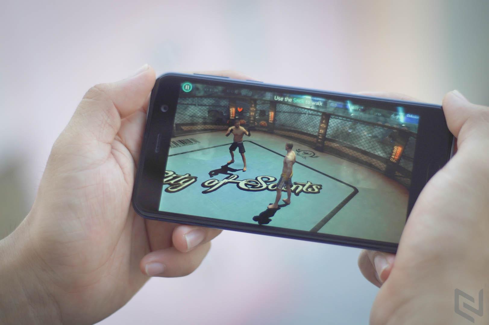 HTC U Play-10