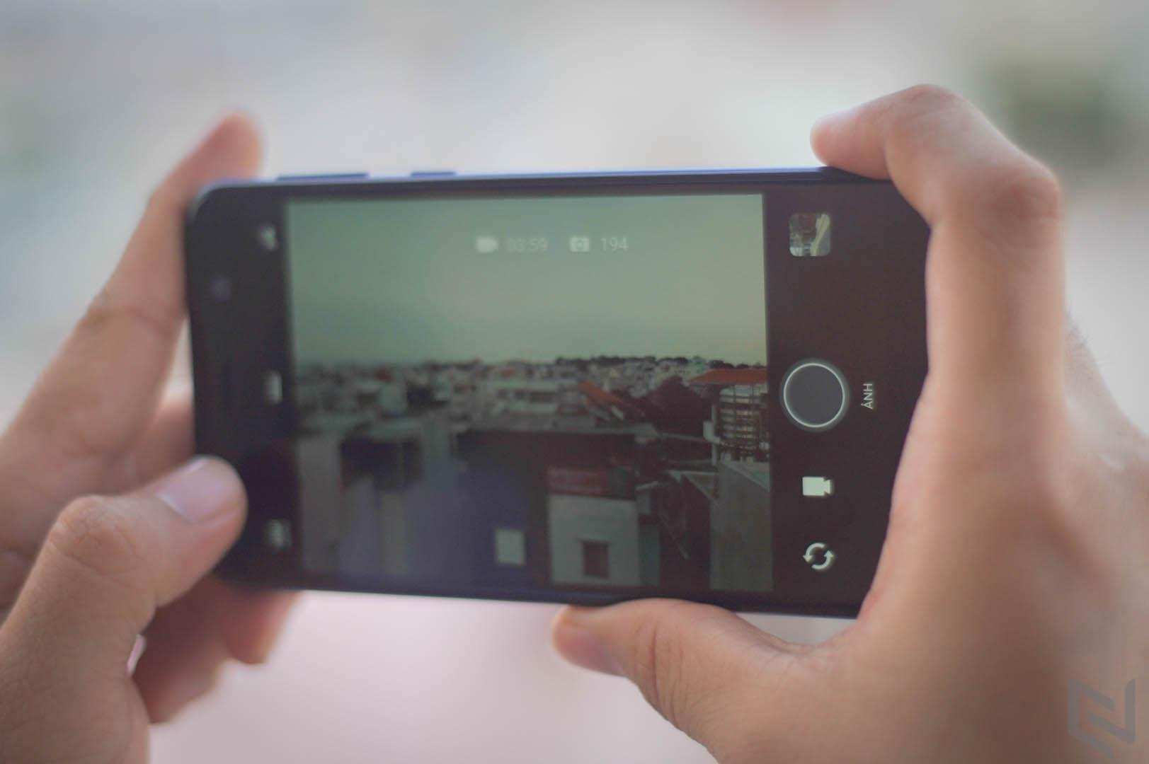 HTC U Play-11