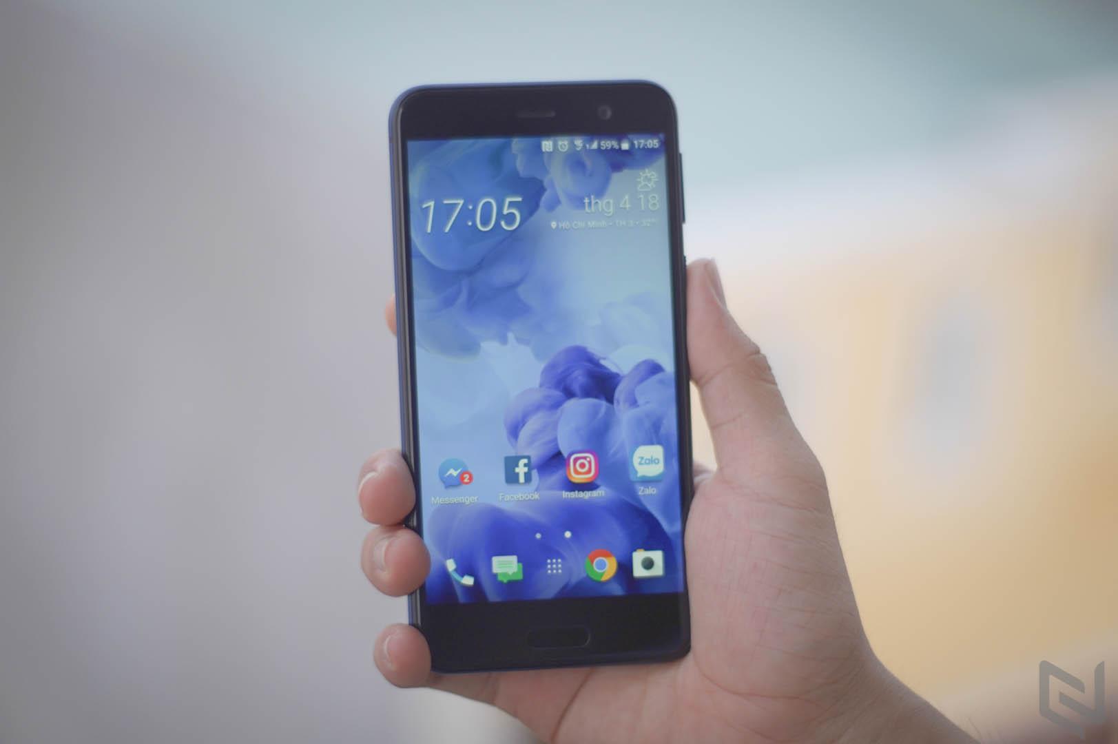 HTC U Play-13