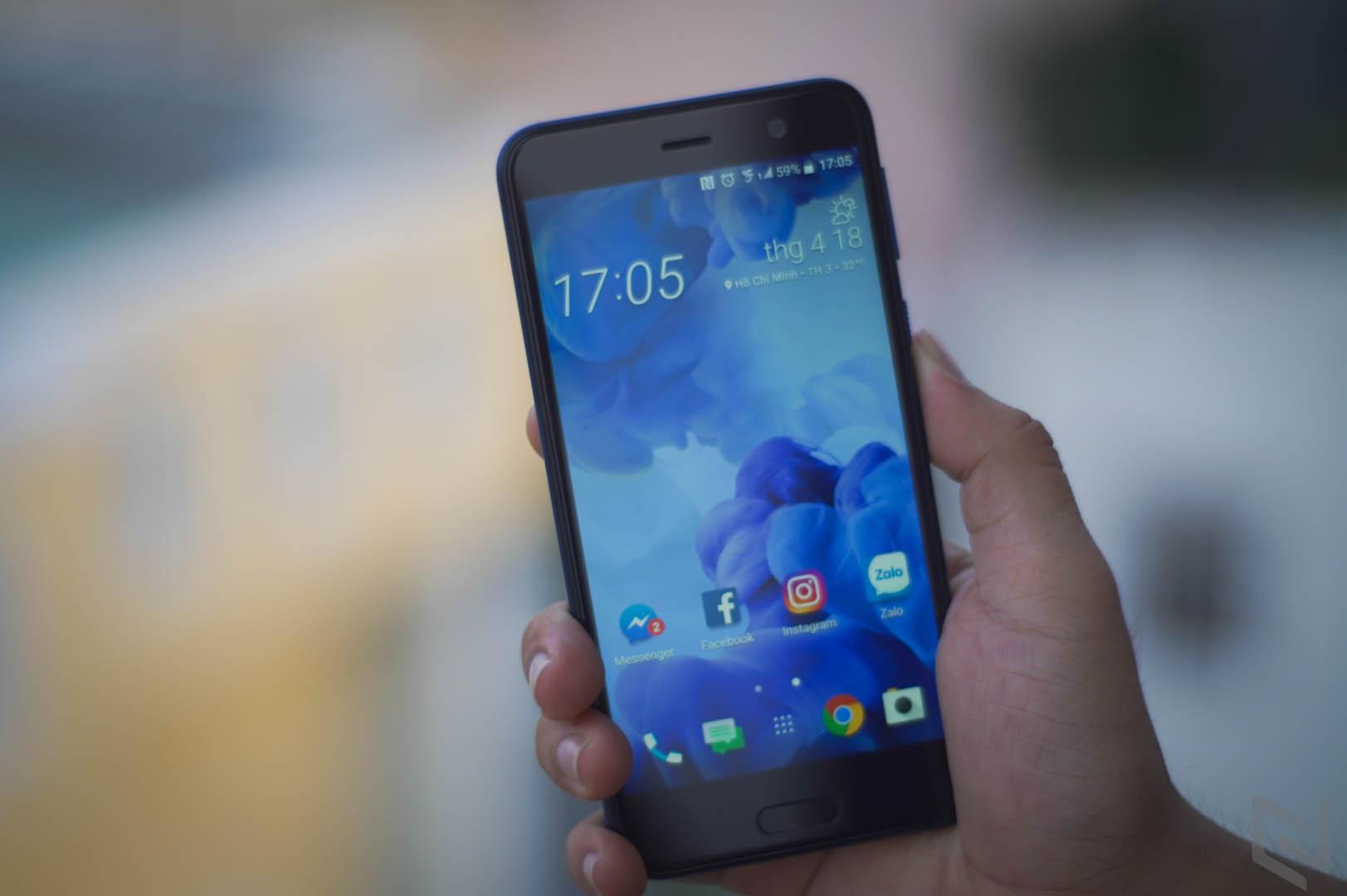 HTC U Play-14