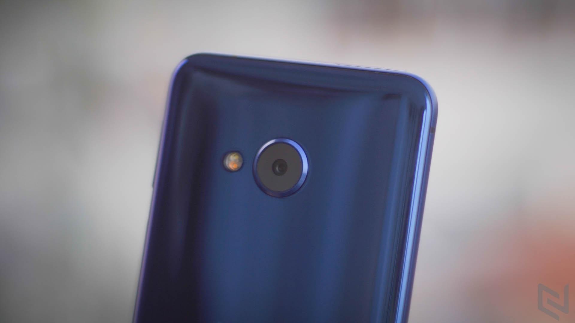 HTC U Play-8