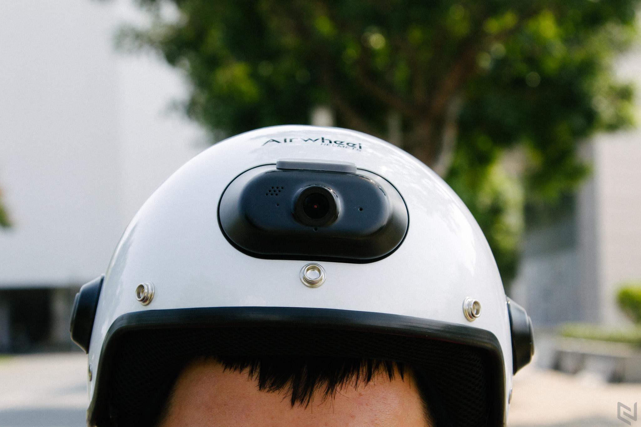 Airwheel C6, mũ bảo hiểm thông minh tích hợp camera hành trình, có thể nghe nhạc, gọi điện