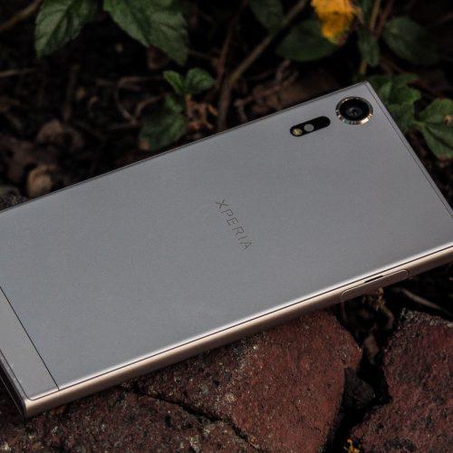 Đánh giá Sony XZs