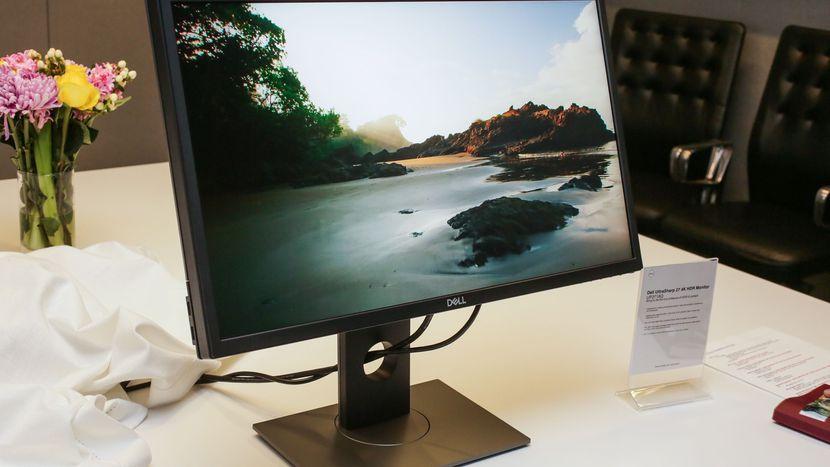 Dell lần đầu tiên ra mắt màn hình HDR
