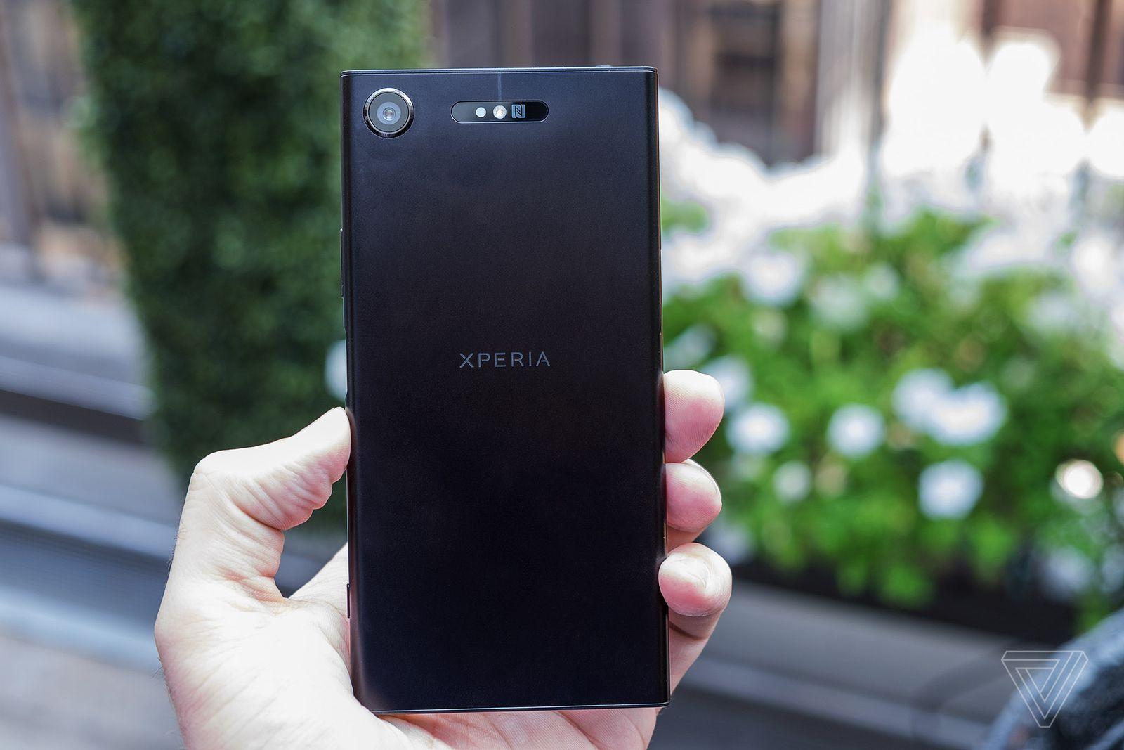 Sony ra mắt Xperia XZ1 với giá 15.990.000 đồng, đặt trước từ hôm nay