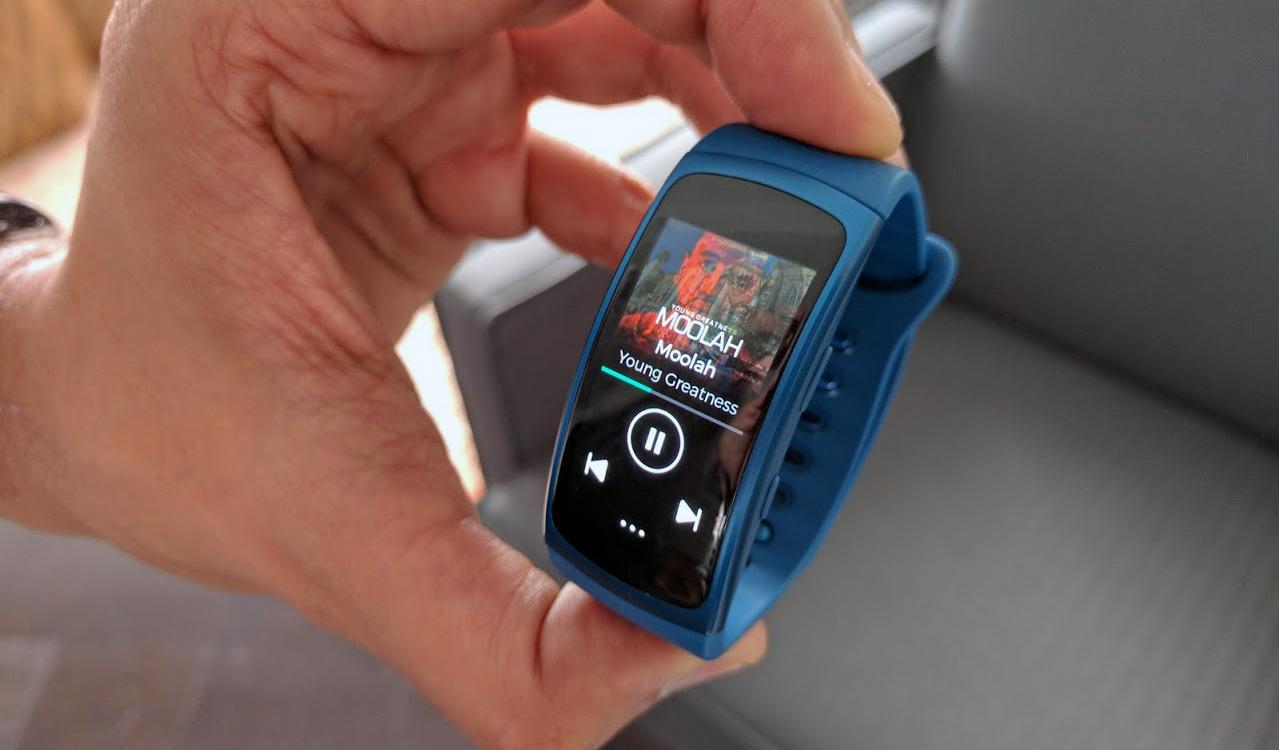 Samsung vô tình xác nhận về thiết bị đeo Gear Fit 2 Pro