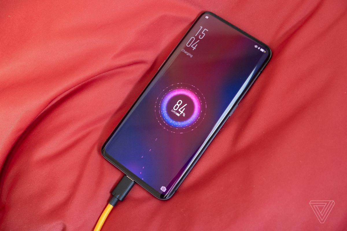 Oppo Super VOOC công nghệ sạc nhanh nhất từng thấy trên điện thoại