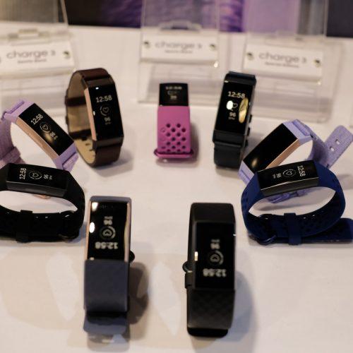 Fitbit Charge 3 lên kệ tại Việt Nam với giá từ 3.799.000 đồng