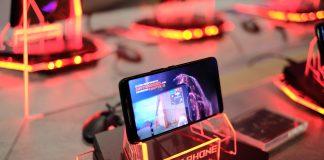 ASUS ROG Phone chính thức trình làng, kỷ nguyên mới cho game thủ