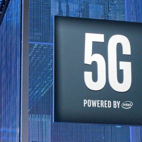 apple mua lại bộ phận sản xuất modem của Intel