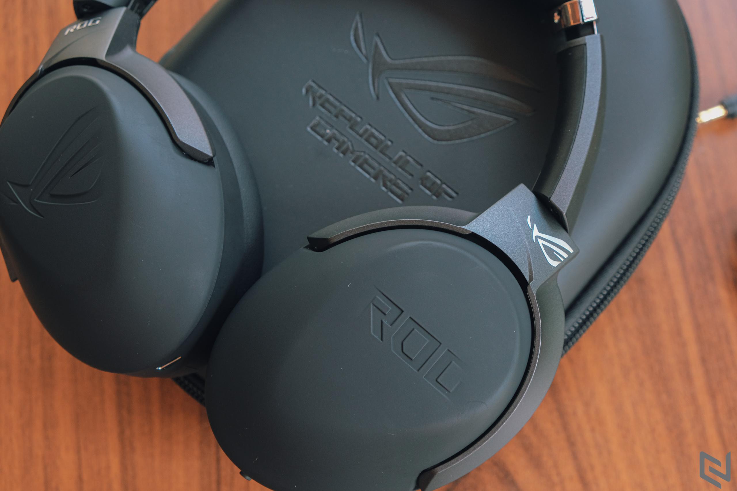 Trên tay tai nghe chơi game không dây ASUS ROG Strix Go 2.4