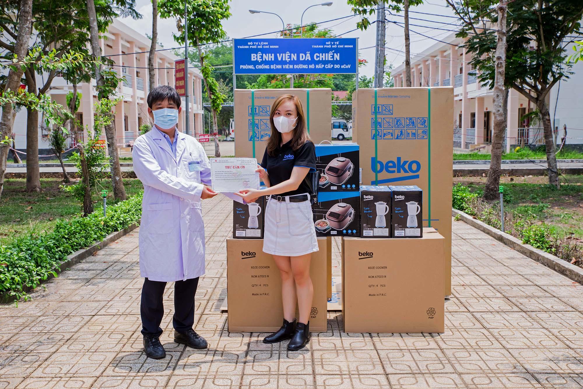 BEKO Việt Nam trao tặng thiết bị điện tử nhằm chung tay đẩy lùi dịch COVID-19