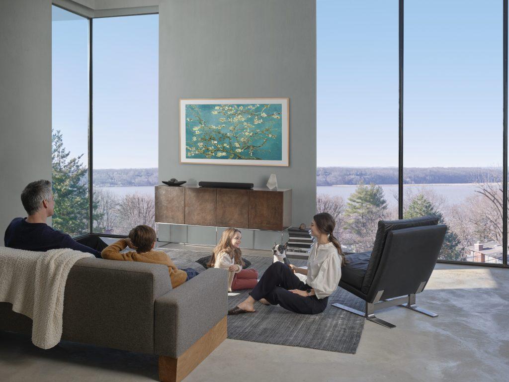 Samsung ra mắt TV The Frame, The Serif và The Sero: Định hình phong cách sống thời thượng