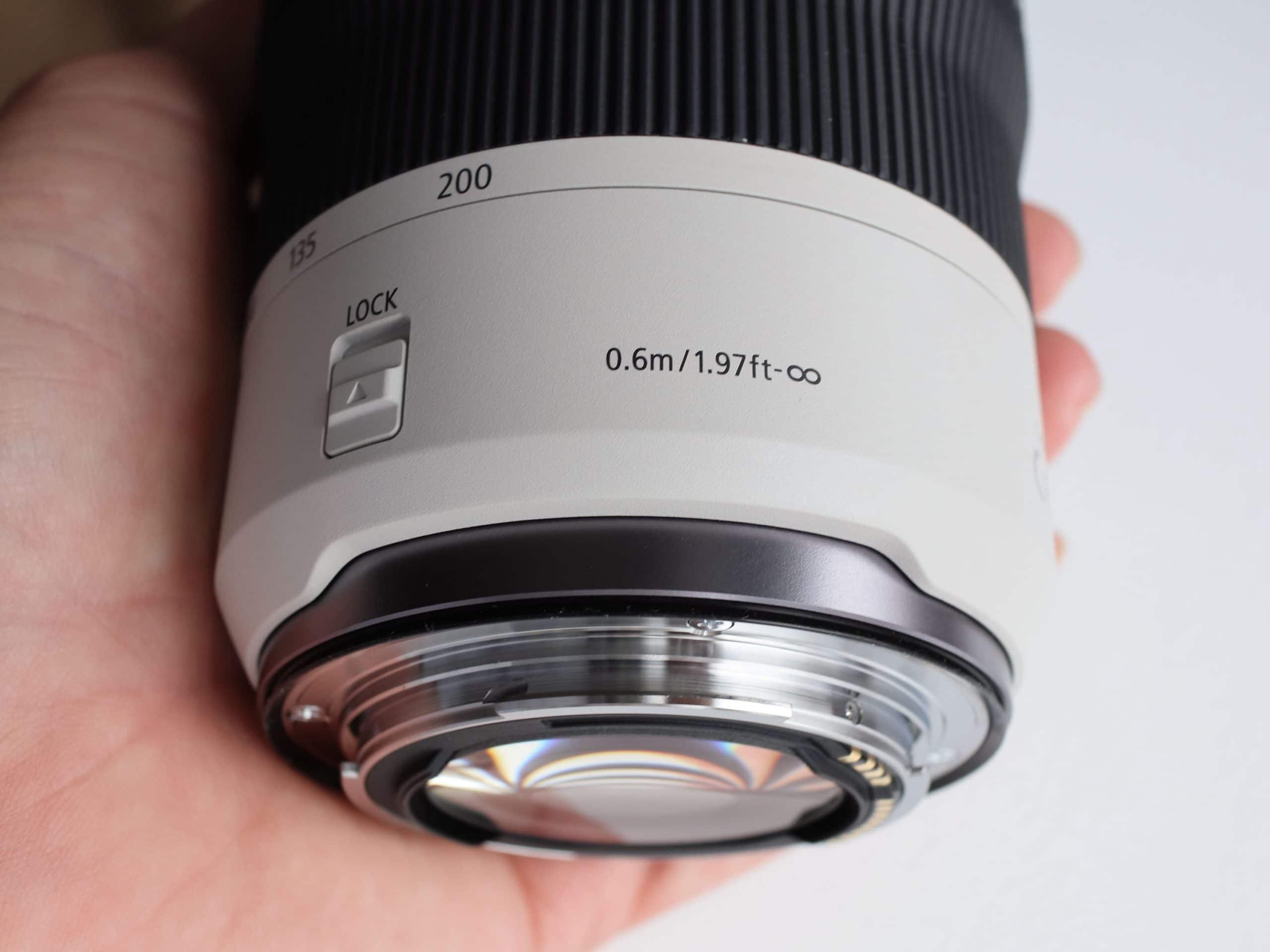Canon ra mắt ống kính RF 70-200mm F4L cỡ nhỏ và 50mm F1.8 STM mới