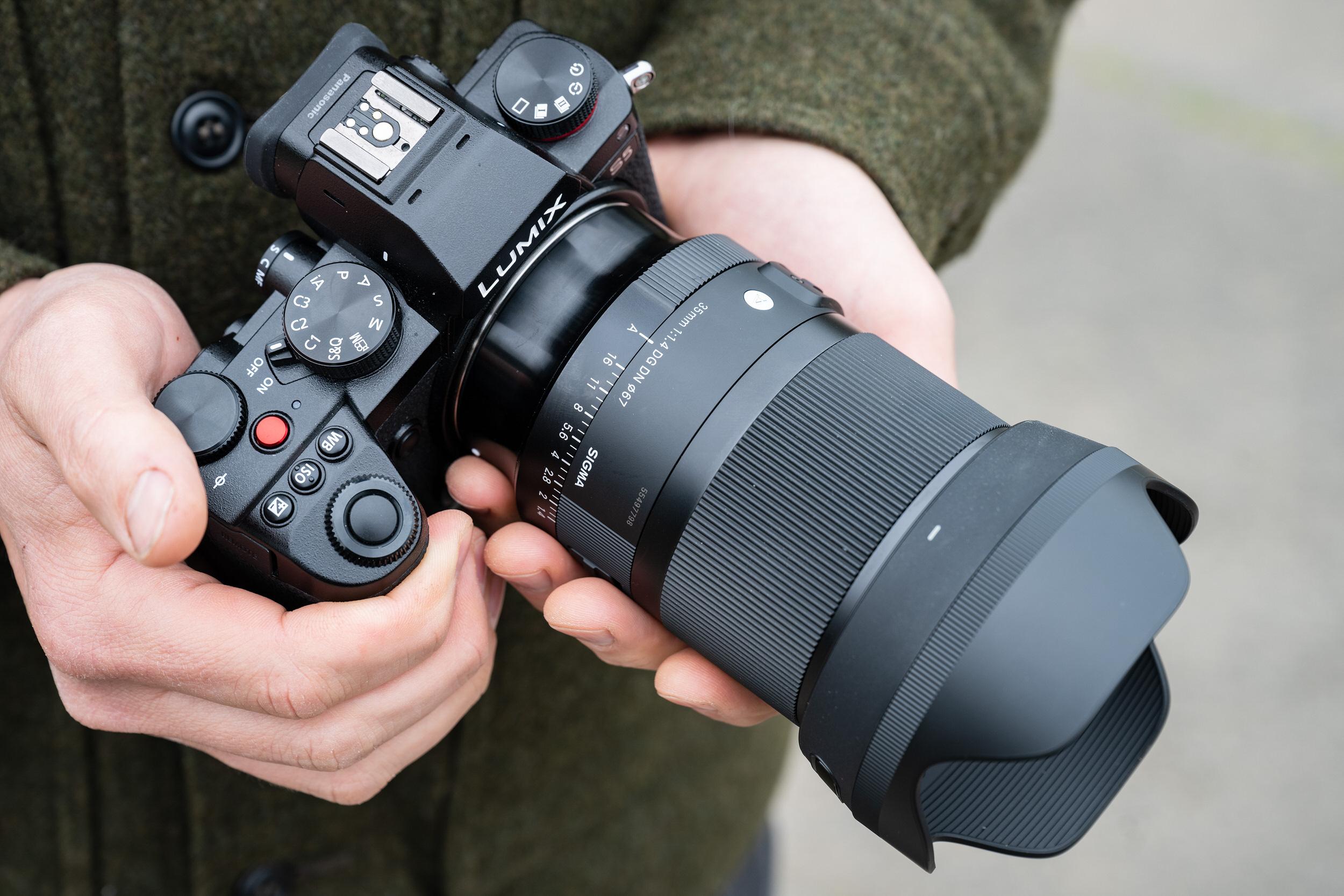 Sigma ra mắt ống kính 35mm F1.4 DG DN Art được làm mới hoàn toàn dành cho máy ảnh mirrorless